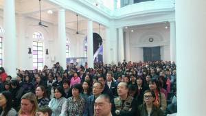 Easter Sunday congregation